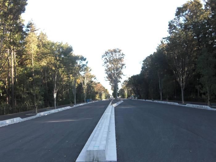 堀兼・上赤坂ふるさとの緑の景観地を通る東京・狭山線。来年3月開通。