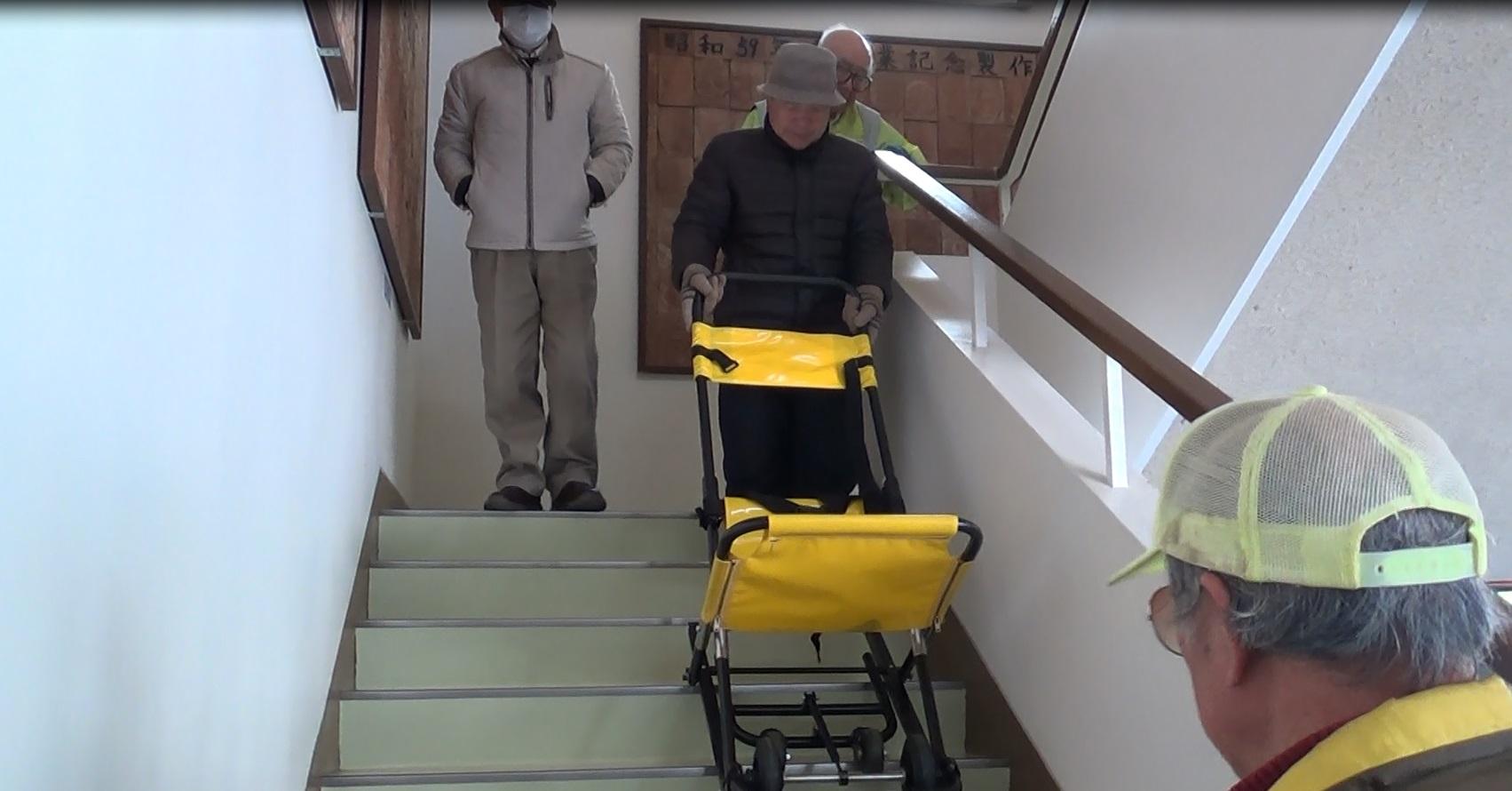階段避難用ストレッチャー