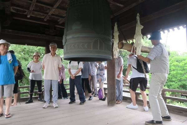 奥富 広福寺での鐘つき
