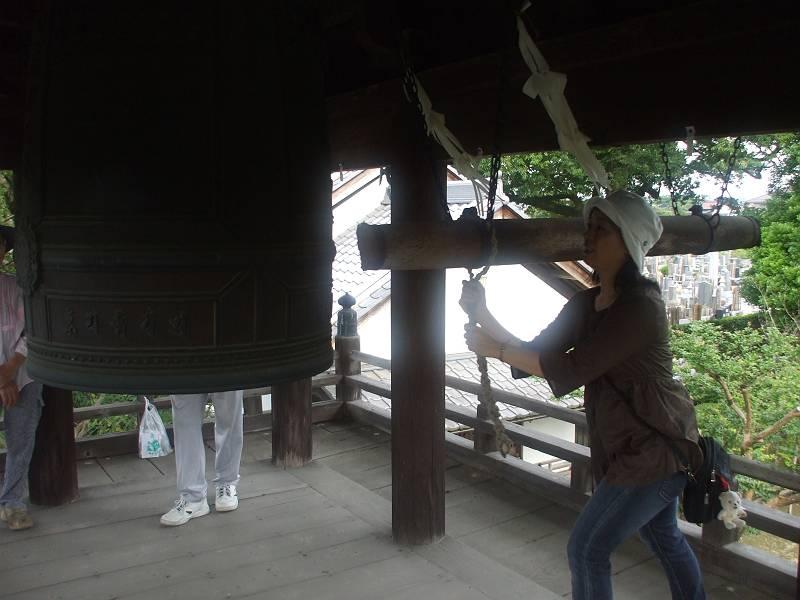 広福寺にて鐘つき